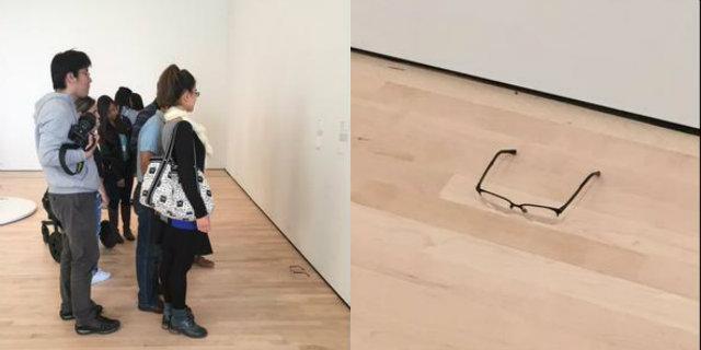 Óculos deixado em chão do museu é confundido com obra de arte – Rádio  Recreio ec5755bf02